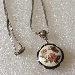 Vintage cloisonné necklace